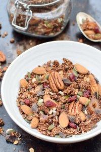 Chocolate Cinnamon Quinoa Granola [vegan] by The Flexitarian