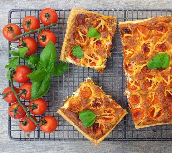 Mediterranean Quiche [vegetarian] by The Flexitarian
