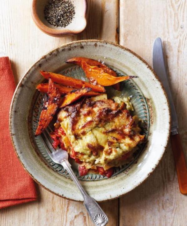 The Flexitarian Cookbook - Fennel and Tomato Lasagna