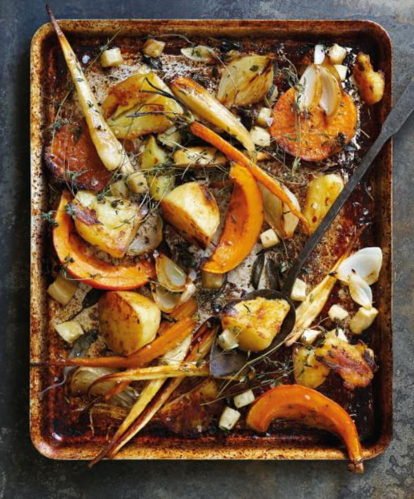 The Flexitarian Cookbook - Roasted Root Traybake