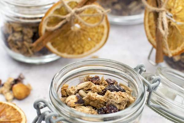 Festive Granola [vegan] [gluten free] by The Flexitarian © Annabelle Randles