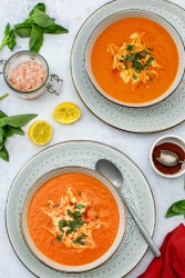 Roasted Red Pepper and Tomato Soup © Annabelle Randles   The Flexitarian