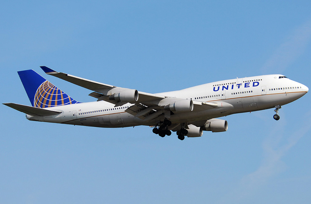 Boeing 747 400 United Airlines Photos And Description Of