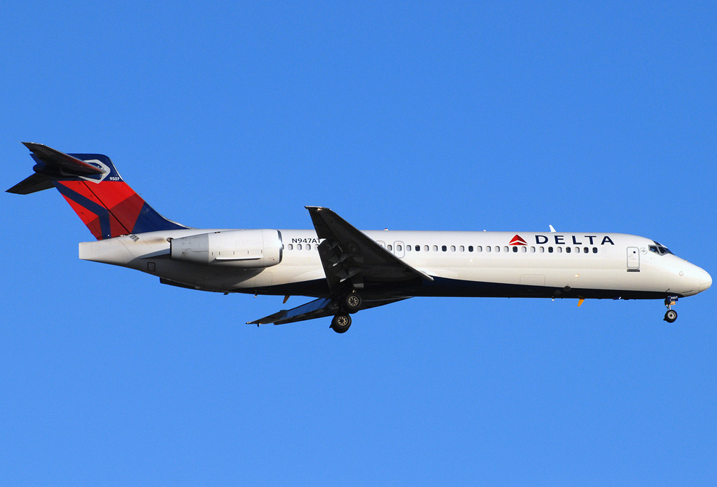 Boeing 717 200 Delta Airlines Photos And Description Of
