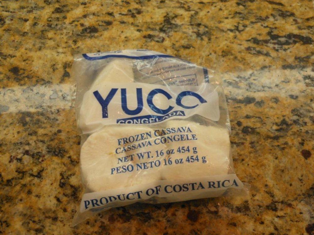 Viandas con Bacalao - Salt Cod With Tropical Root Vegetables (2/6)