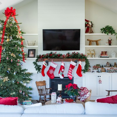 7 Tips For Decorating A Real Christmas Tree