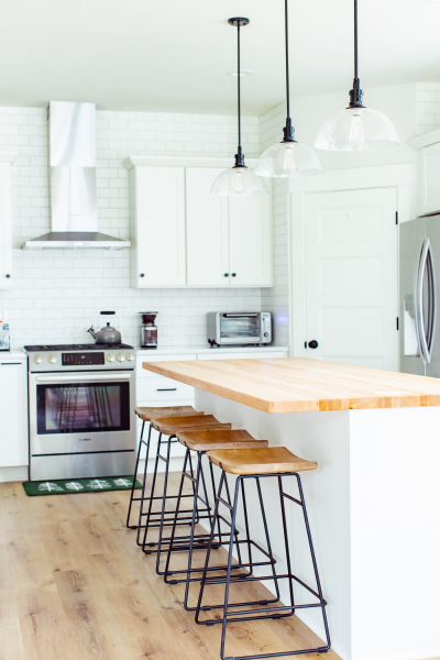modern farmhouse kitchen8