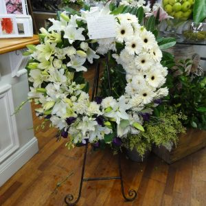 beautiful flower arrangements delivered