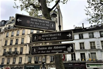 Montmartre sign