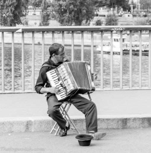 French busker