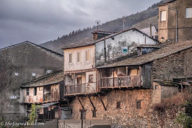 houses at Villafranca del Bierzo