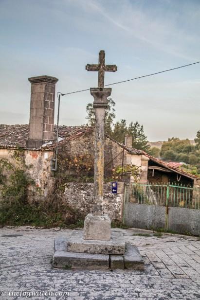 Cornixa cross