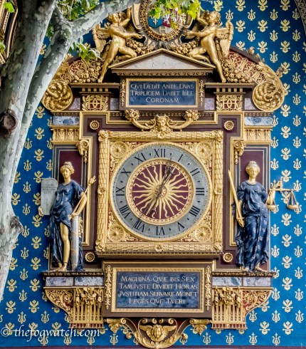 Clock in Paris