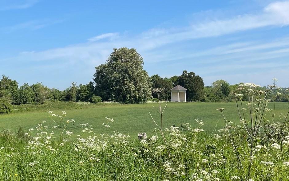 Cowper's Summerhouse and Alcove, Buckinghamshire.