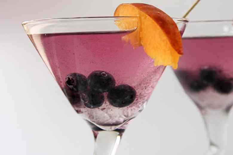 Martini with Blueberry and Ginger
