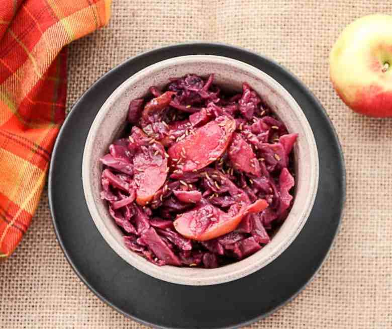 Slow Cooker Red Cabbage & Apples -Braised Red Cabbage