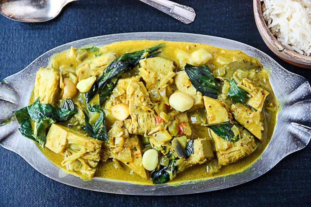 Jackfruit Curry - Vegetarian Curry Recipe | The Food Blog