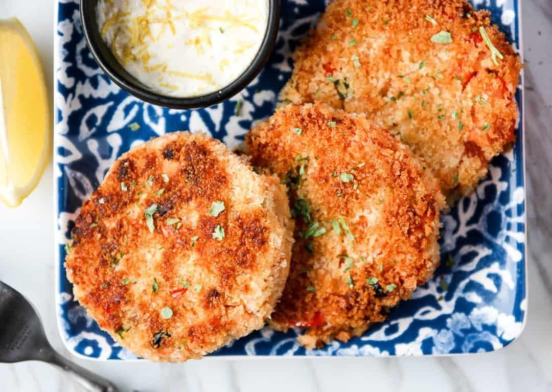 Salmon Cakes Crispy Salmon Patties The Food Blog