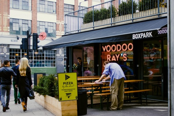 voodoo-rays-pizza-boxpark