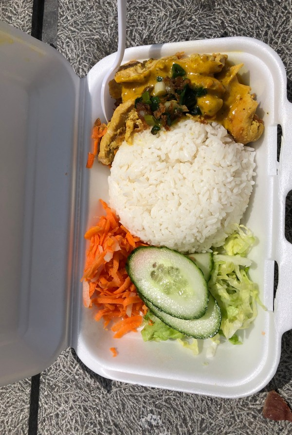 Banh Mi Town chicken curry rice