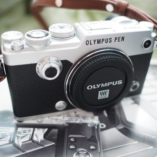 Olympus-Pen-F-side-view