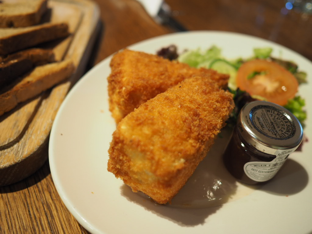 deep fried brie specials Tiptree cafe