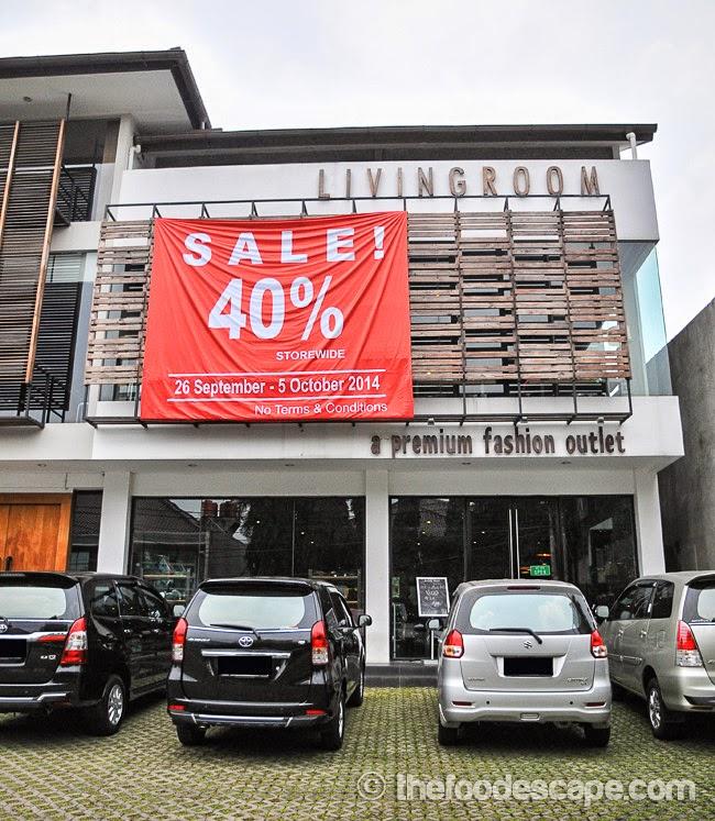 living room outlet grey and pink curtains cafe kemang jakarta food escape indonesian blog editor s rating