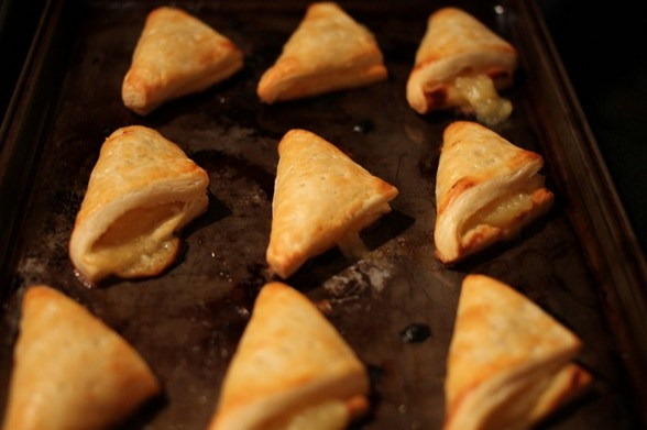 BITE-SIZED LEMON TURNOVERS recipe picture
