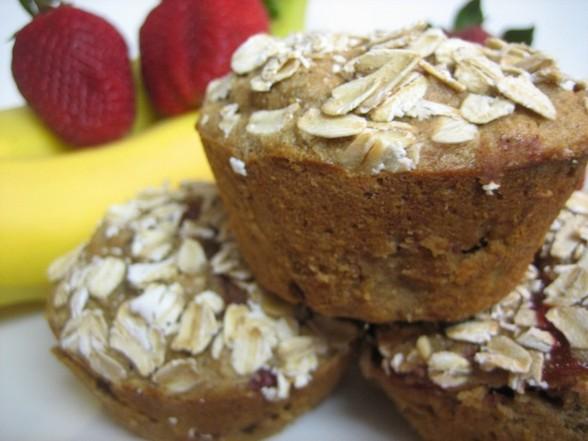 GIANT WHOLE-WHEAT BANANA-STRAWBERRY MUFFINS recipe