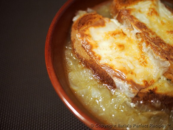 Tuscan Onion Soup (zuppa di cipolle alla toscana) recipe by Ilaria's Perfect Recipes