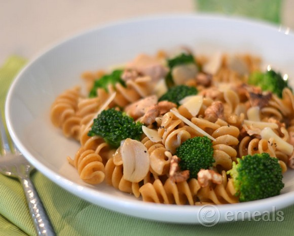 Chicken and Broccoli Pasta Toss recipe photo