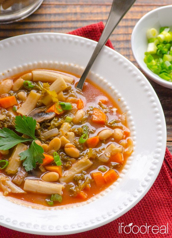 Crockpot Pasta e Fagioli Soup with Kale recipe photo