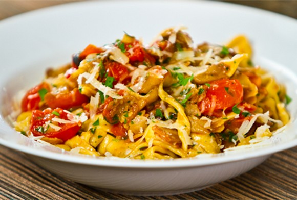 Fresh Fettuccine With Crispy Pancetta, Sauteed Mushrooms and Cherry Tomatoes recipe photo
