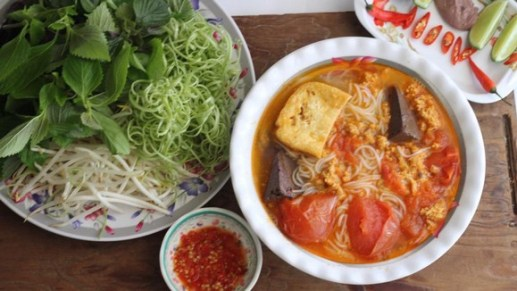 Bun Rieu Cua (Vietnamese Crab Noodle Soup) recipe photo