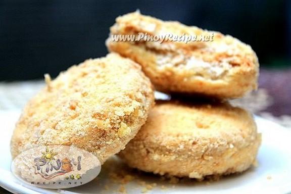 Sylvanas (Silvanas) - Frozen Cashew-Meringue Cookie Sandwiches recipe