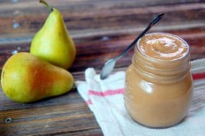 Crockpot Spiced Pear Butter recipe