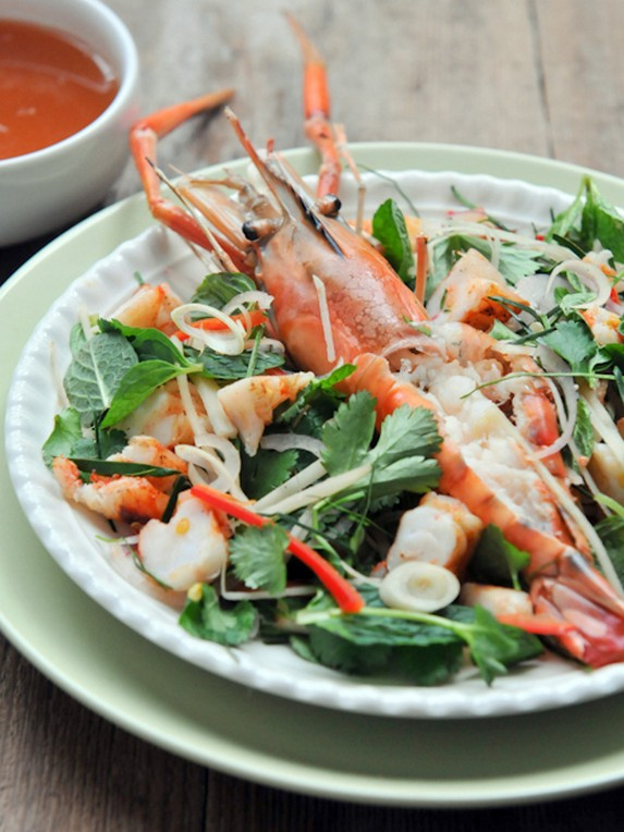Grilled Prawns with Kaffir Lime Dressing