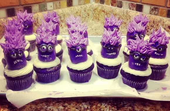 Twinklie Purple Minion Cupcakes