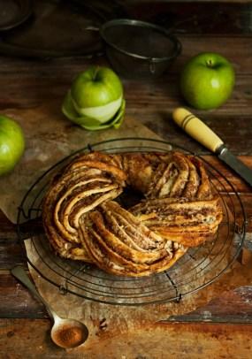Apple Cinnamon Wreath by Foodmonger