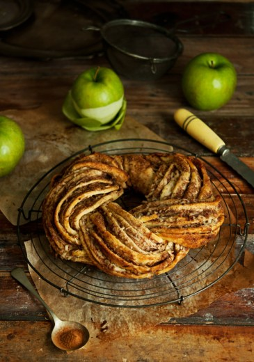 Apple Cinnamon Wreath by Foodmonger
