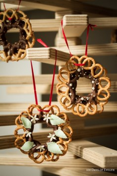 Christmas Pretzel Wreaths by 100 Days of Evelyn