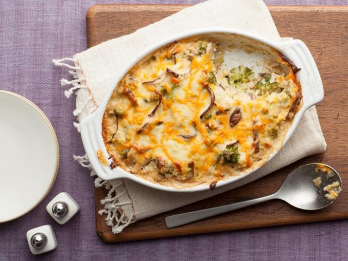 Cheesy Mushroom and Broccoli Casserole Recipe