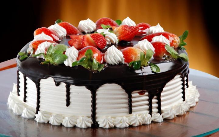 November 26: National Cake Day