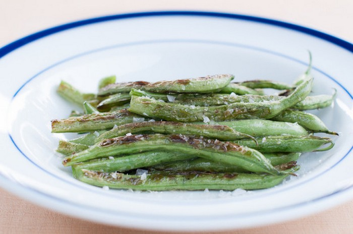 perfect-roasted-green-beans-recipe-from-herbivoracious
