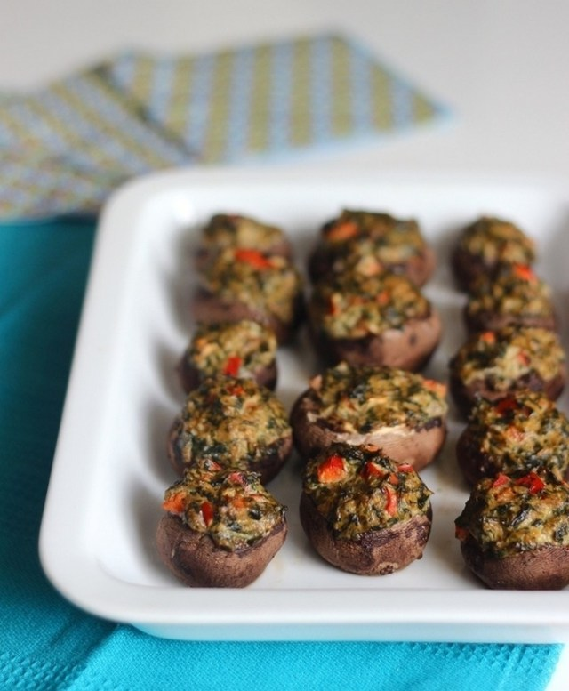 spinach-stuffed-mushrooms-recipe-from-homemadelevity