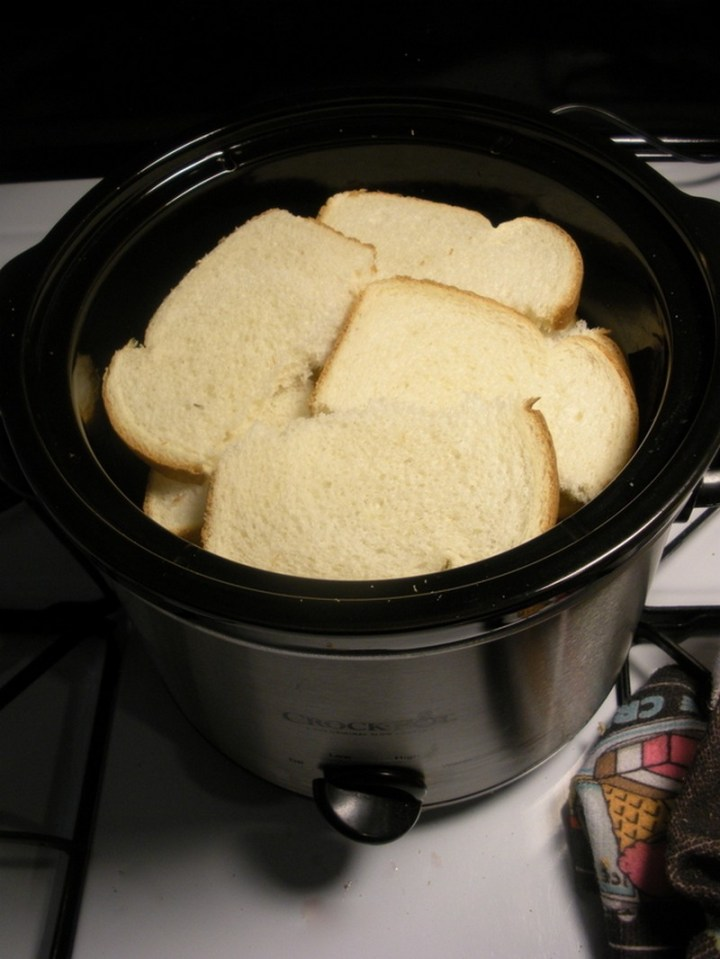 Make bulk French toast in the Crock-Pot for brunch