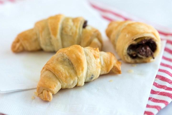 30 Minute Chocolate Croissants Recipe