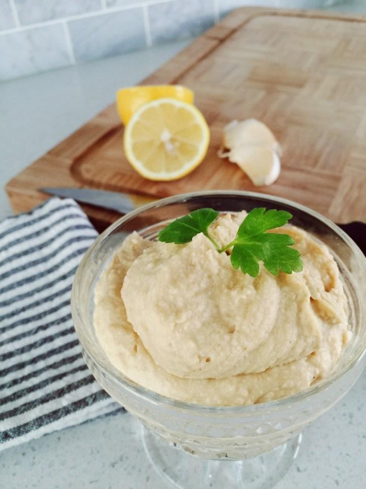 5 Minute Hummus Recipe - Emily Roach