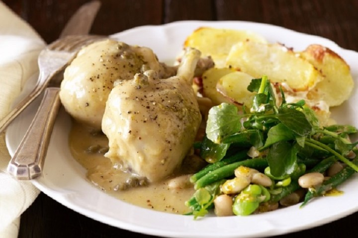 Chicken in White Wine and Caper Sauce recipe