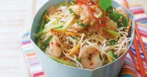 http://www.mamirecipe.com/2019/01/chilli-and-sesame-prawn-noodle-salad.html
